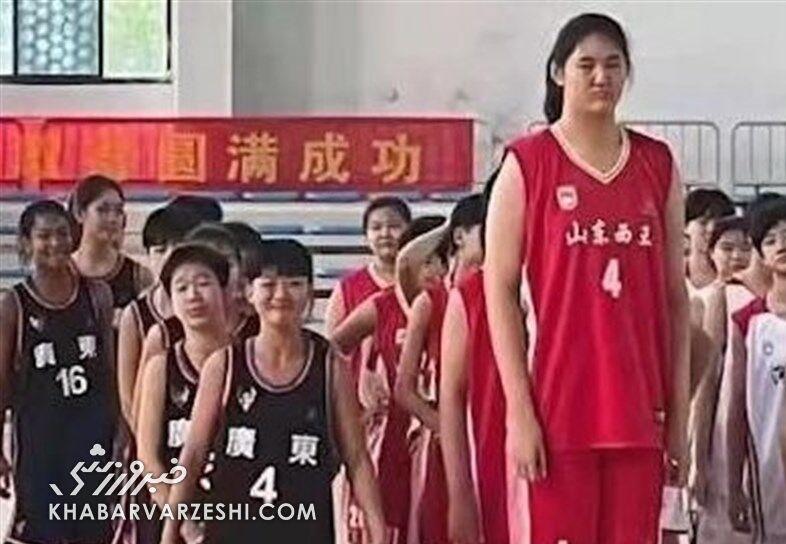 دختر ورزشکار چینی