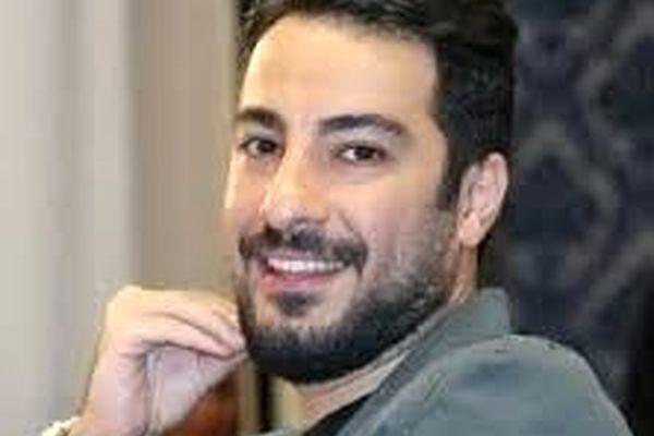 نوید محمدزاده در کنار خانم بازیگر در پشت صحنه فیلم جدید