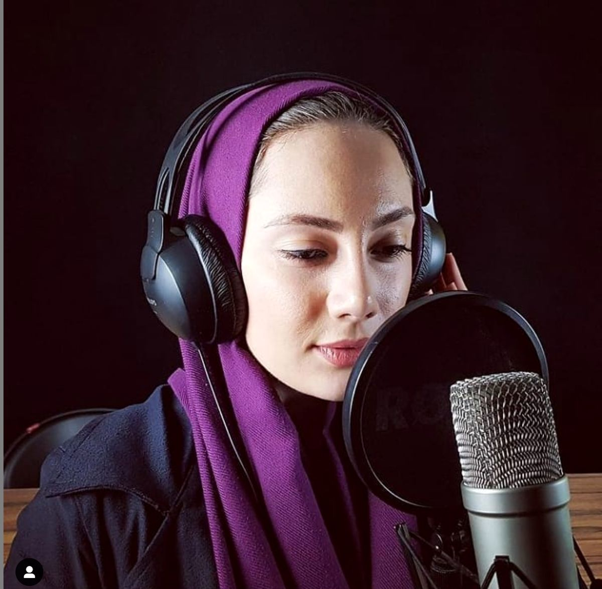 «نیلوفر مولایی»، مجری صدا و سیما به ایران اینترنشنال پیوست
