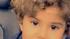 گزارشی از زندگی بی بند و بار ساسی مانکن و بی توجهی او به فرزندش