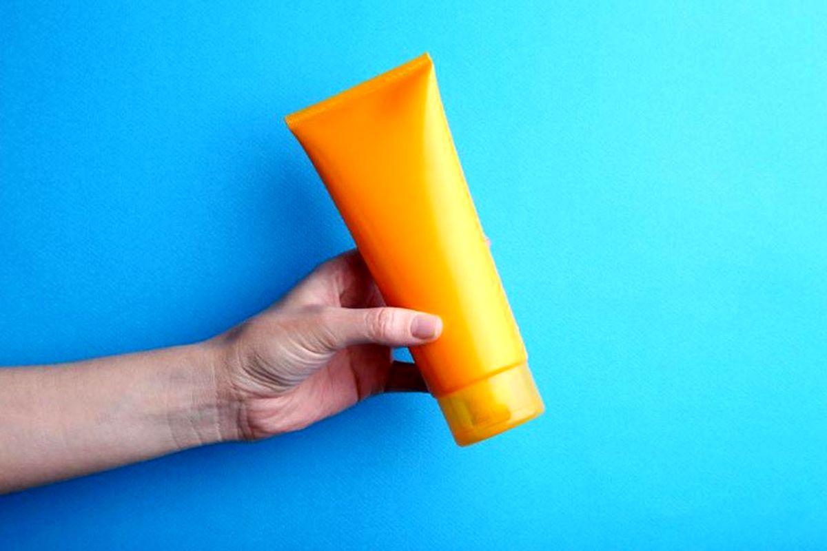 آیا استفاده ار کرم ضد آفتاب در پاییز ضروری است؟