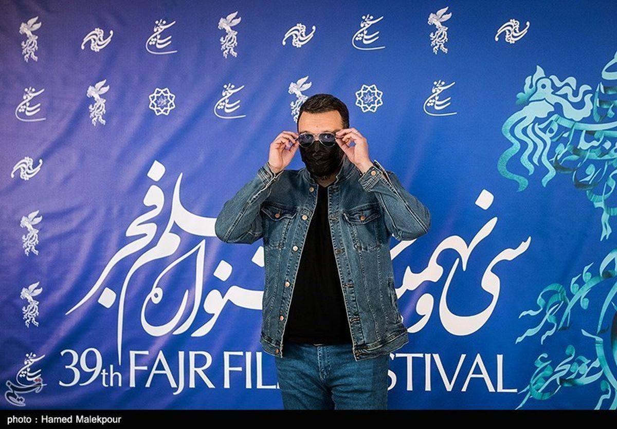 تفریح لاکچری کامبیز دیرباز در کنار همسر و فرزندش + عکس دیده نشده