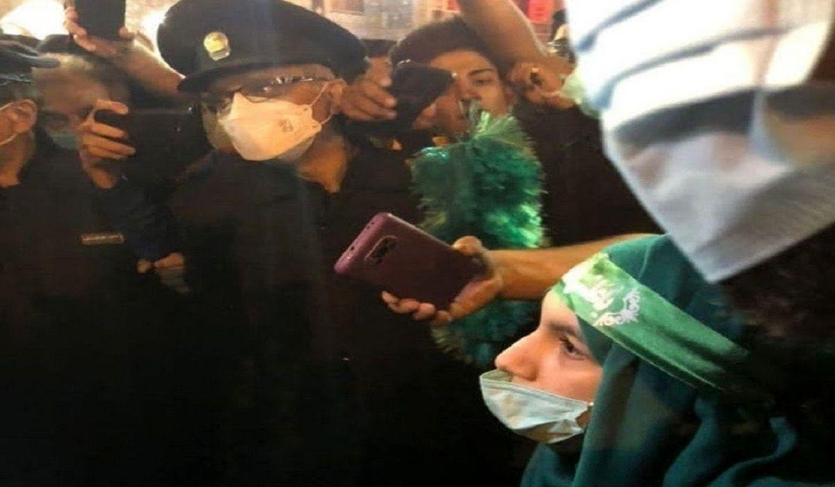 این دختر 15 ساله در حرم امام رضا شفا گرفت+ عکس